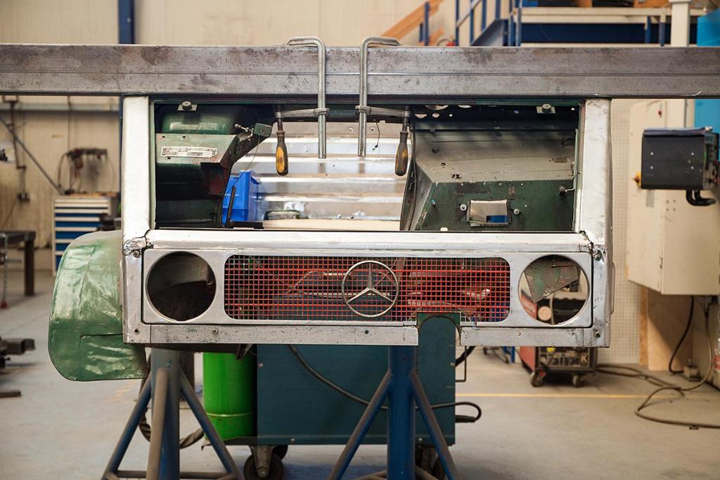 Reichert Servicecenter - Fahrzeugbau - Karosserie-Aufbau