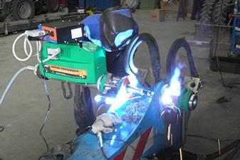 Mobile Bohr- und Schweißanlage